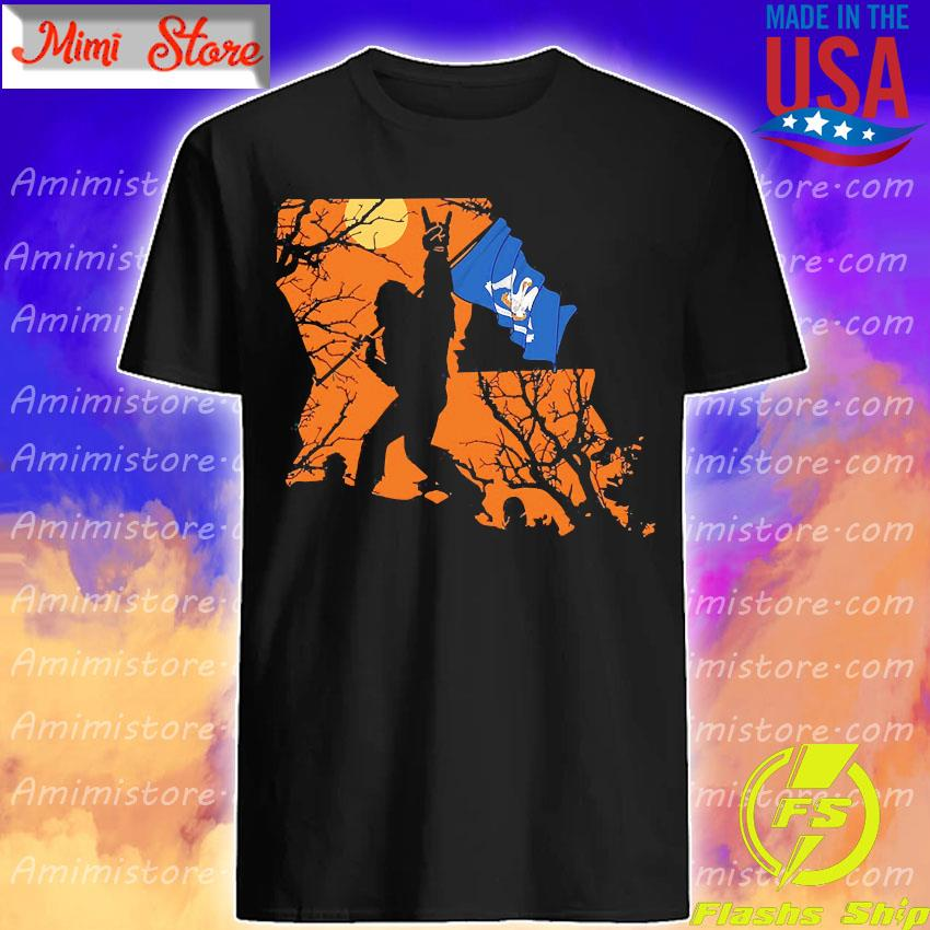 Bigfoot flag Louisiana Halloween shirt